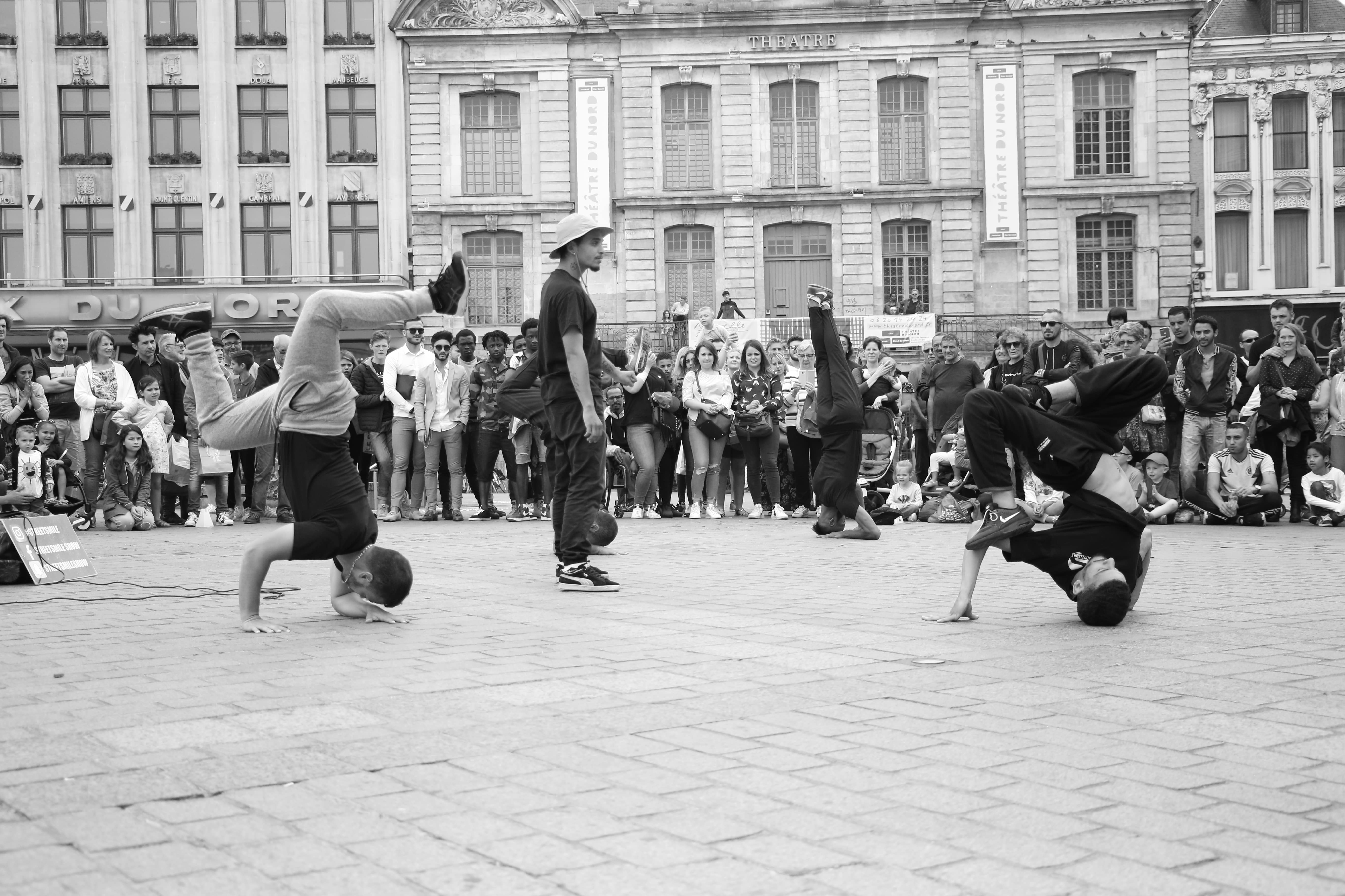 Hiphop breakdance show - streetsmile