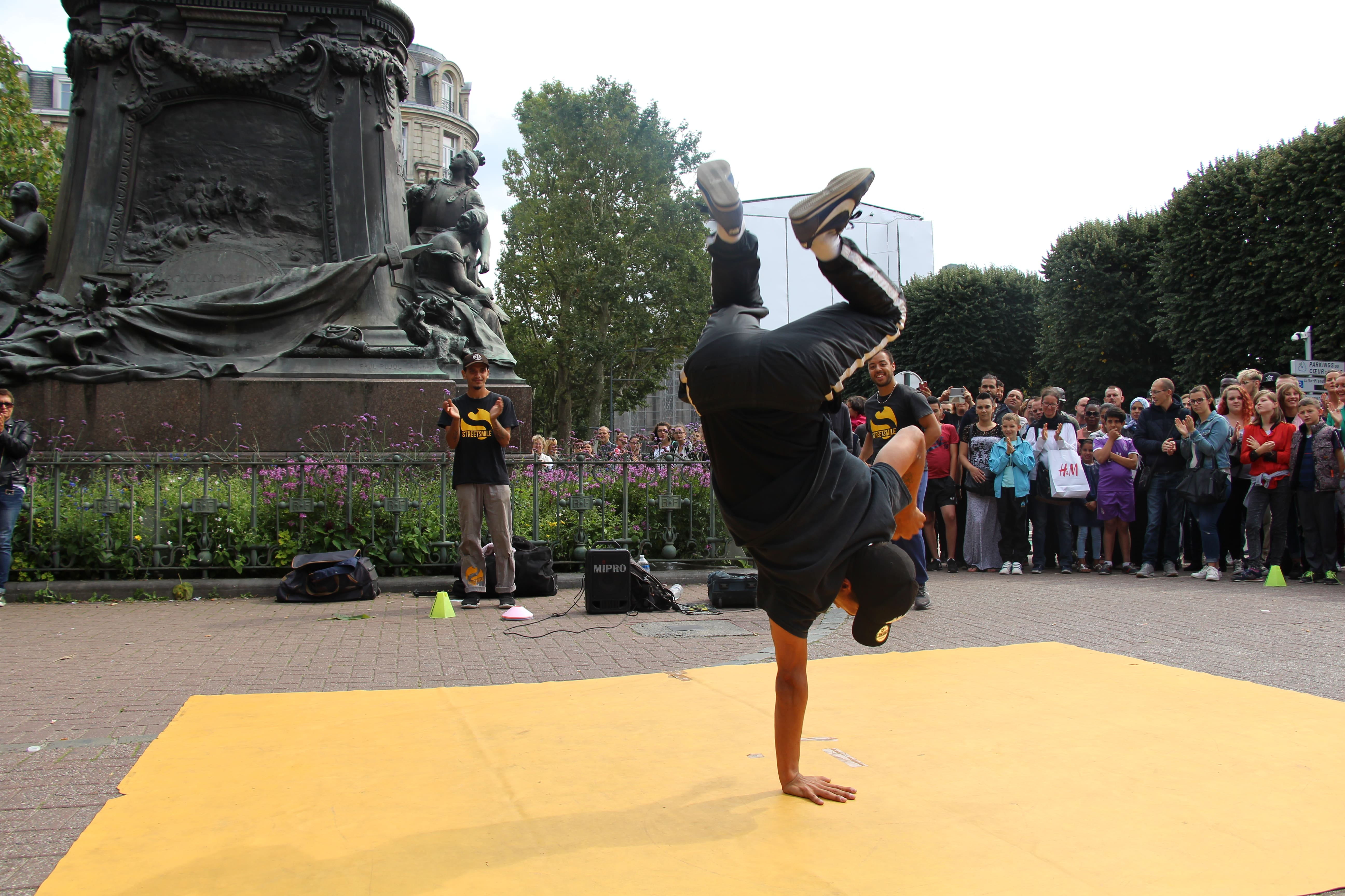 spectacle hiphop breakdance Nord de la France - streetsmile