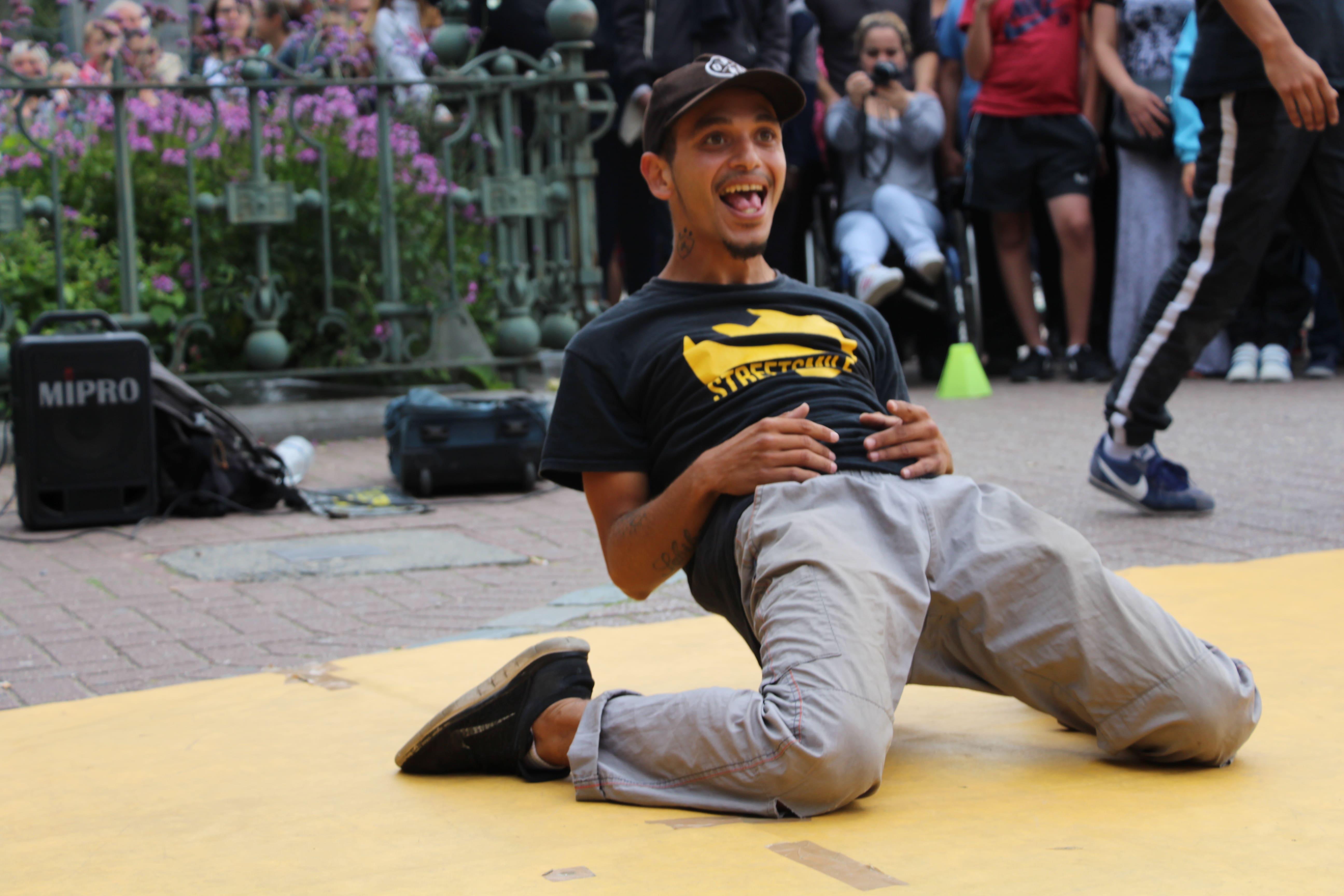 Prestation hiphop breakdance et humour - Streetsmile