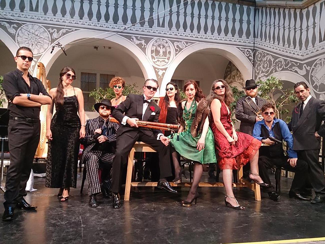 Lidia Vinyes Curtis with team at trigonale festival