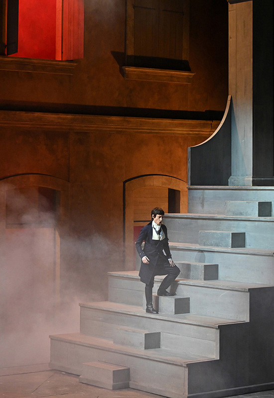 Lidia Vinyes Curtis on stage in La Clemenza di tito