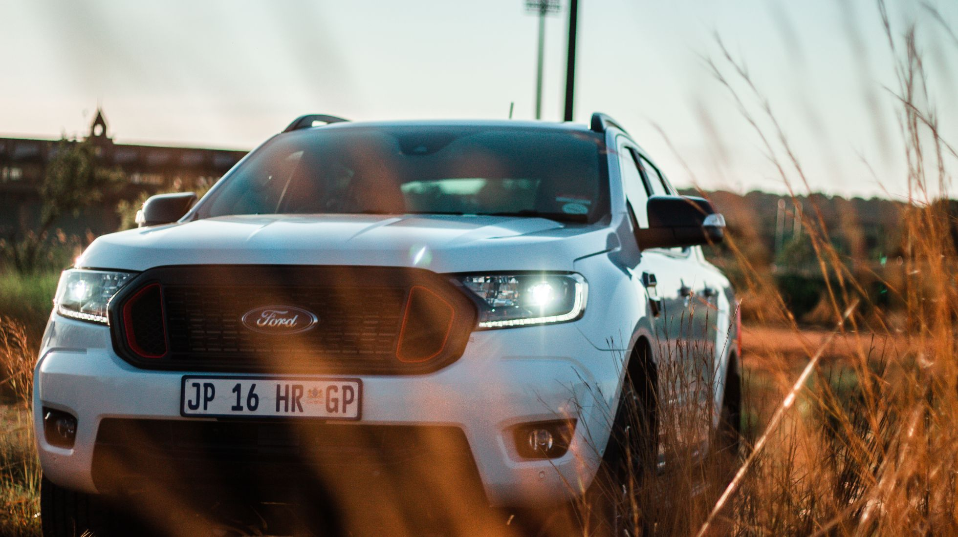 Factory-fitted differentiation from the popular Wildtrak after-market bakkies.