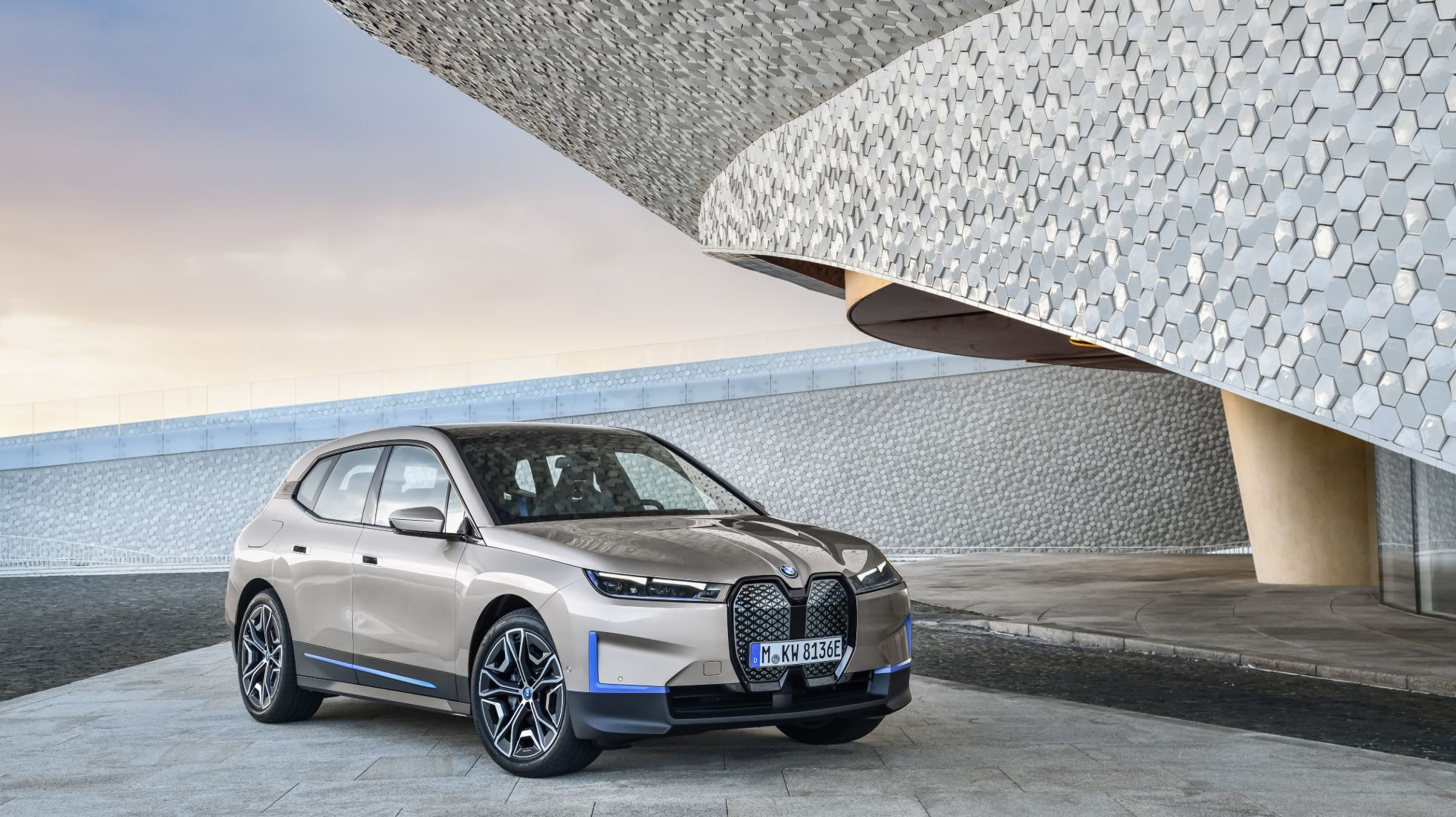 BMW's fully electric iX will make market debut in 2021