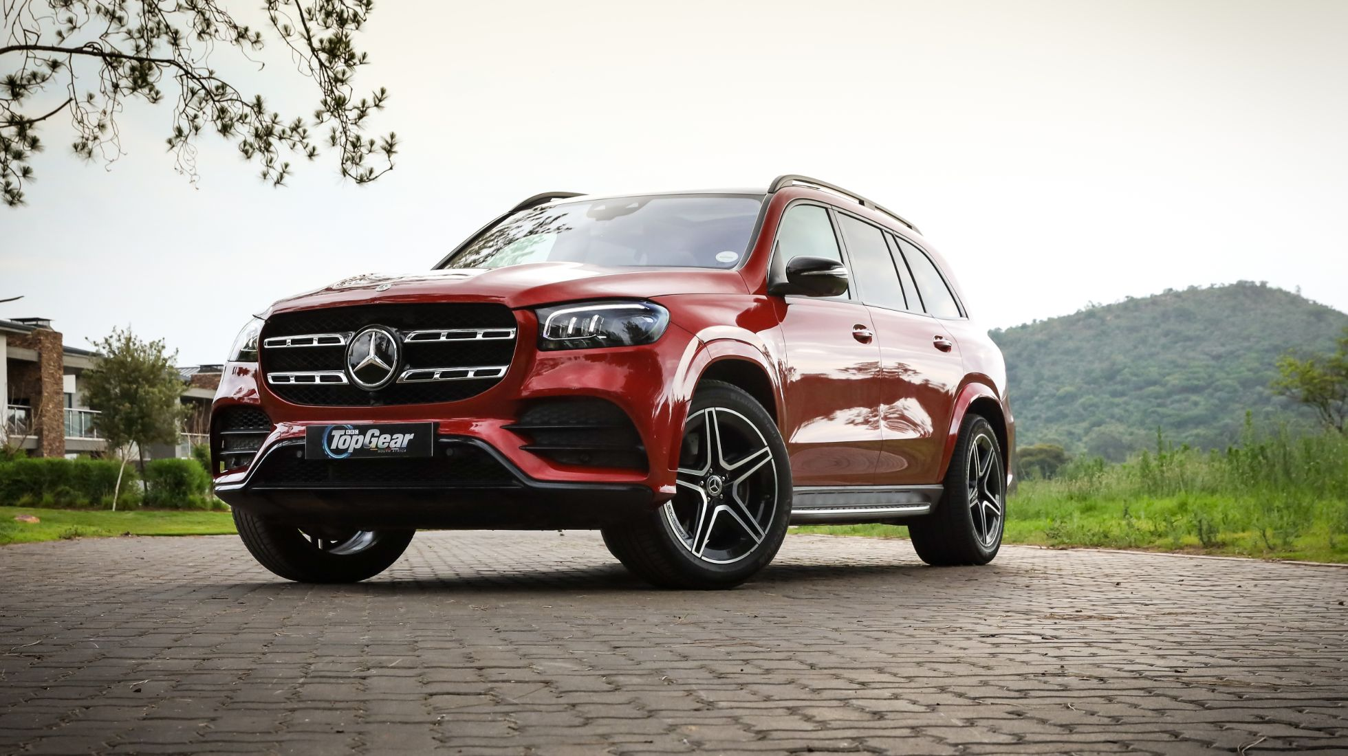 Merc's lofty GLS 580 is a luxuriant land yacht
