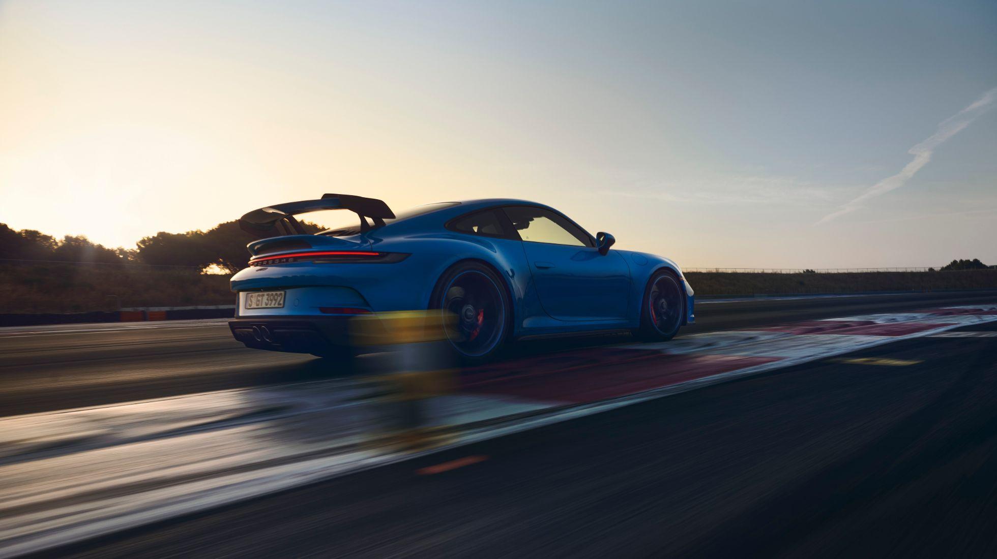 Porsche unveils track oriented new 911 GT3