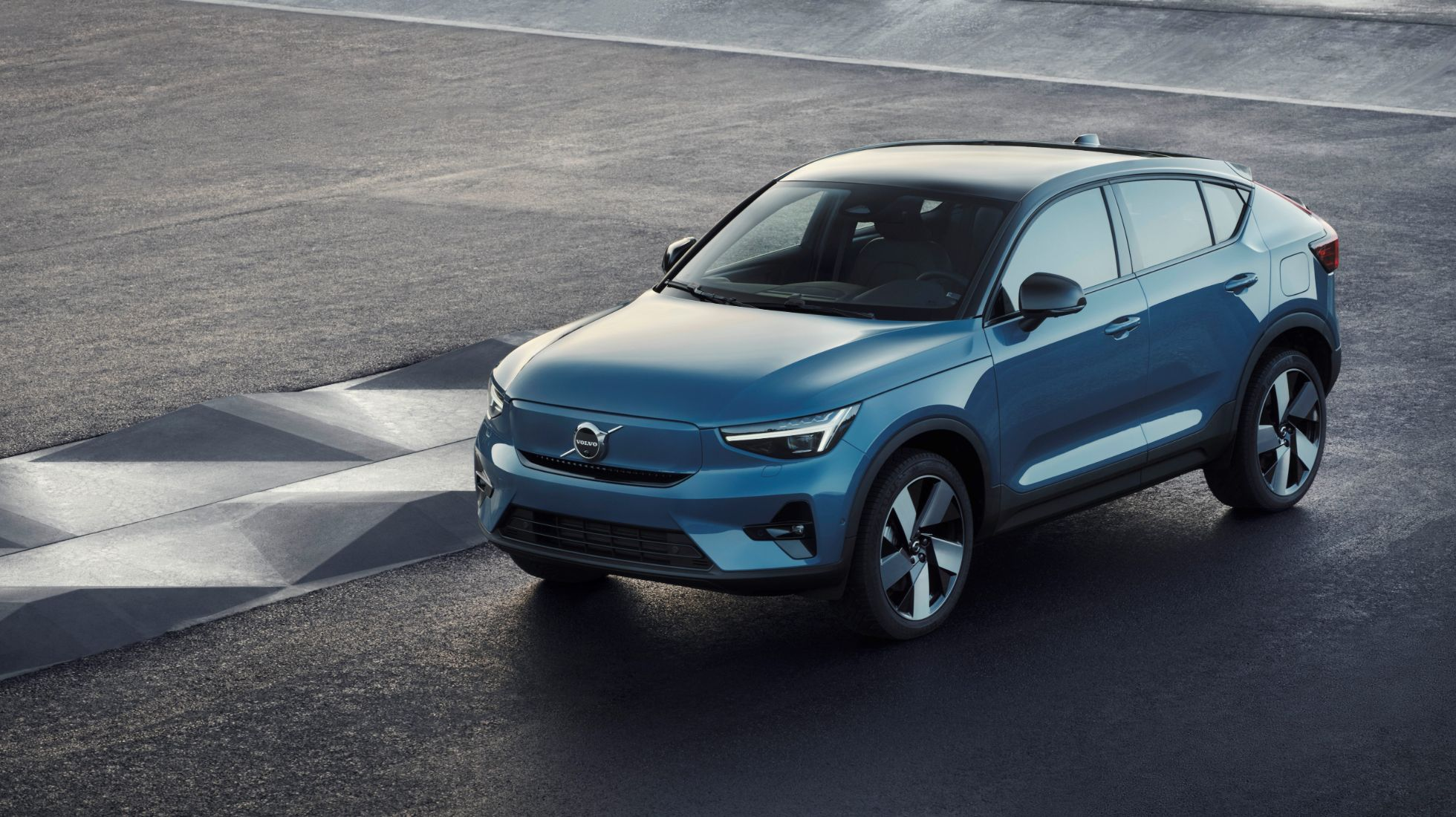 Volvo's C40 EV to go into production later this year