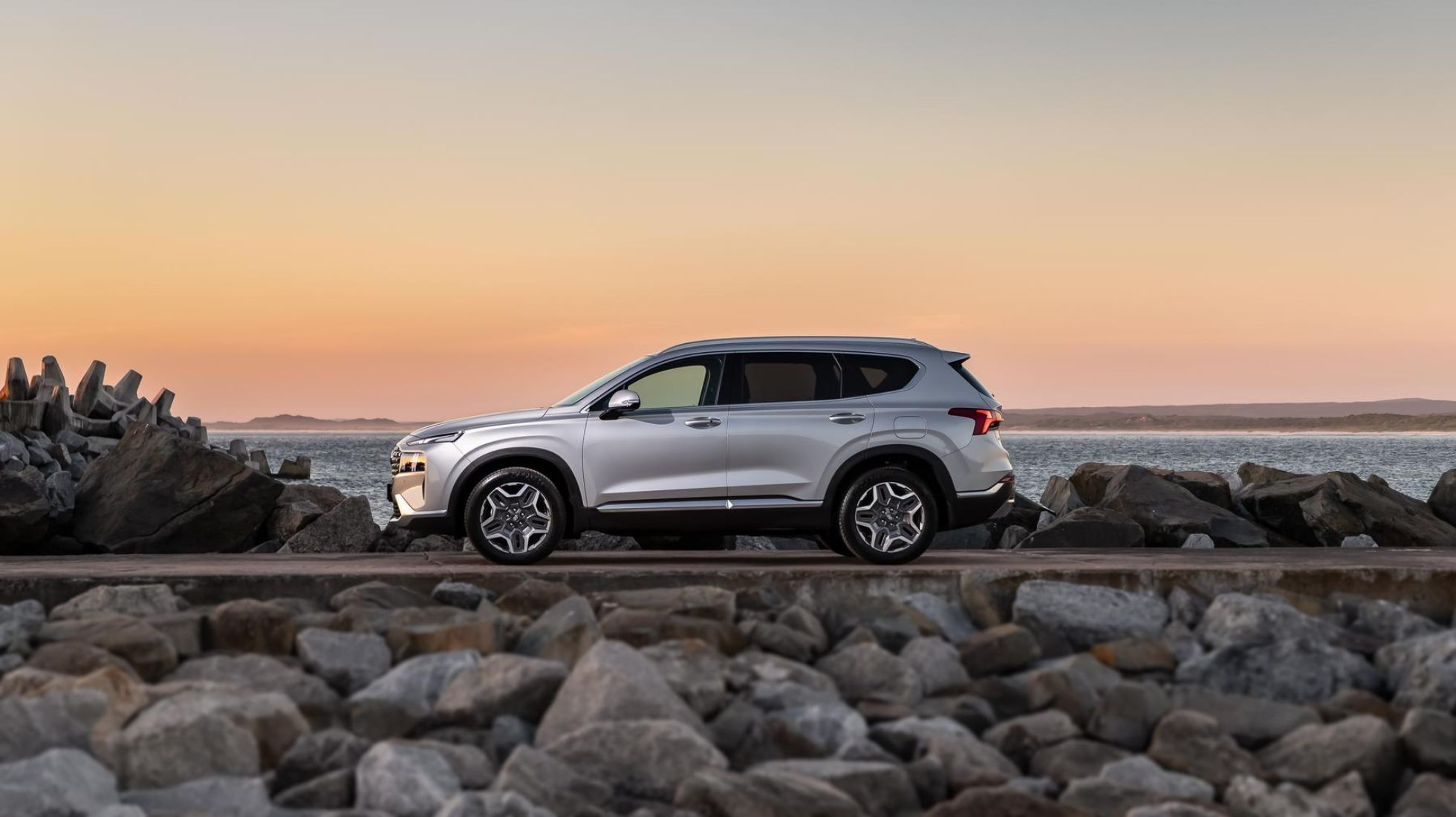 Hyundai Santa Fe gets bold mid-life enhancements