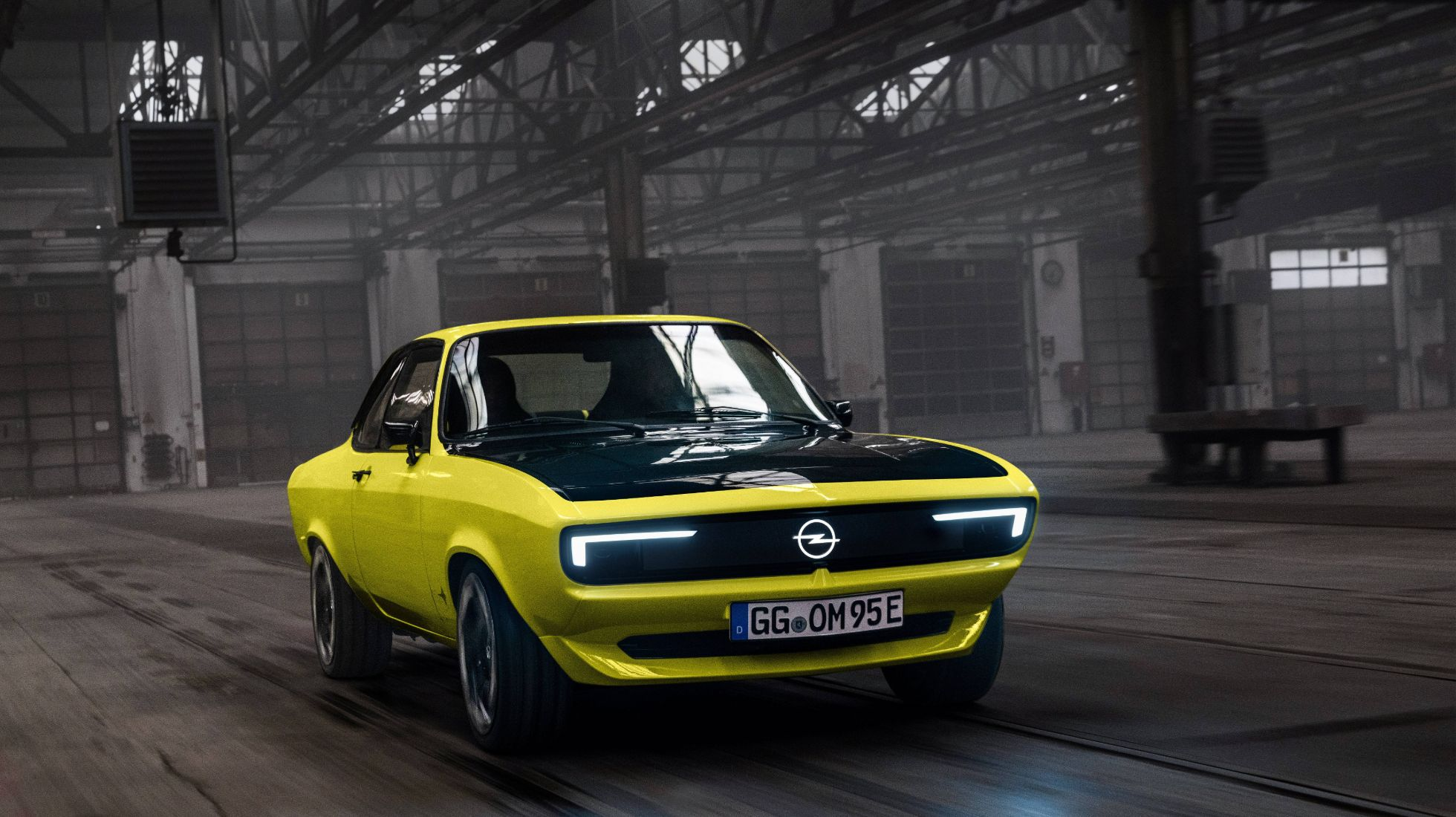 """Opel commemorates 50 years of the Manta with this EV """"Resto Mod"""""""