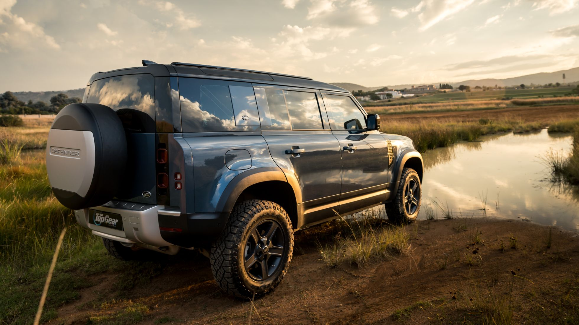 Easy Over - We review the game-changing new Defender 110.