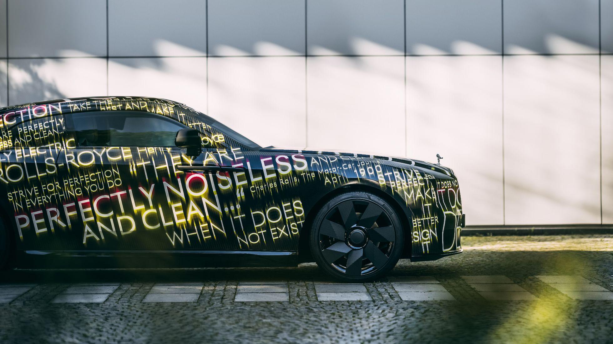 Rolls-Royce announces all-electric Spectre