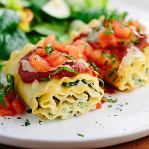 Lasagna rolls pasta dinner