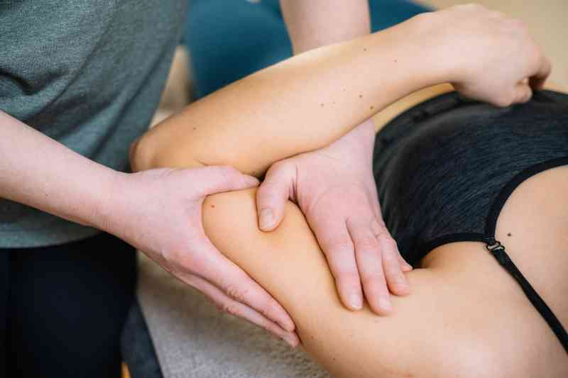 Manuelle Lymphdrainage Bielefeld: Sanfte Massagetechnik