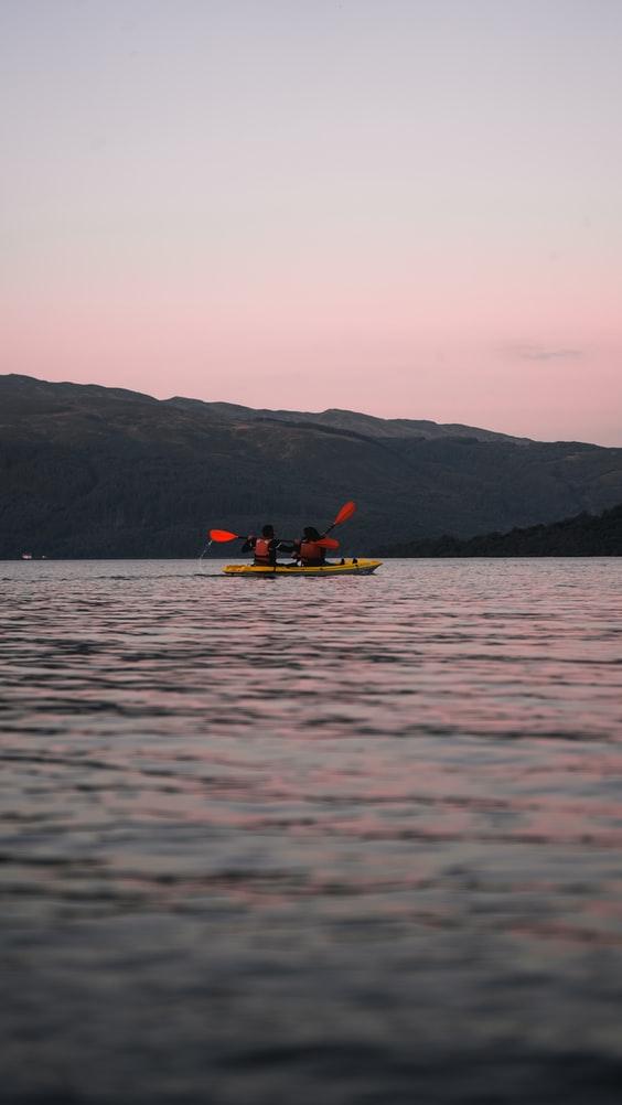 kayakers kayak llyn padarn llanberis lake