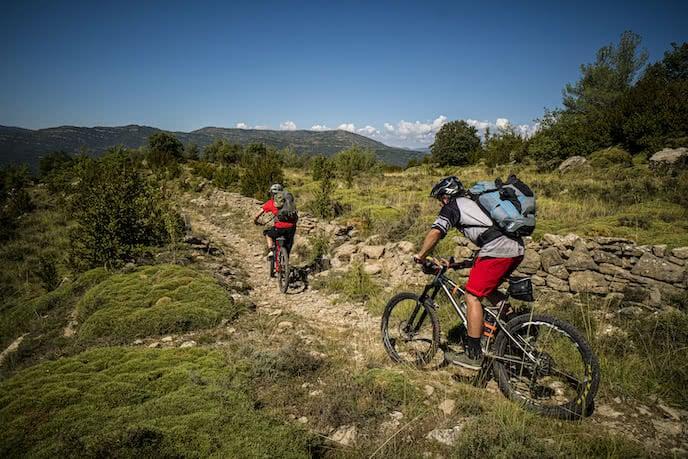mountain biking holiday pyrenees france