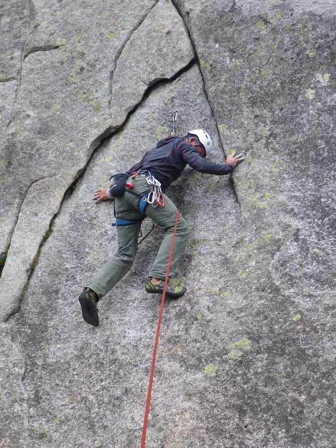 climber on lead climbing holiday france