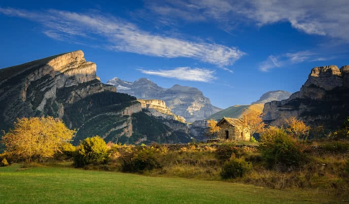 Ordesa perdido canyon waking holiday pyrenees
