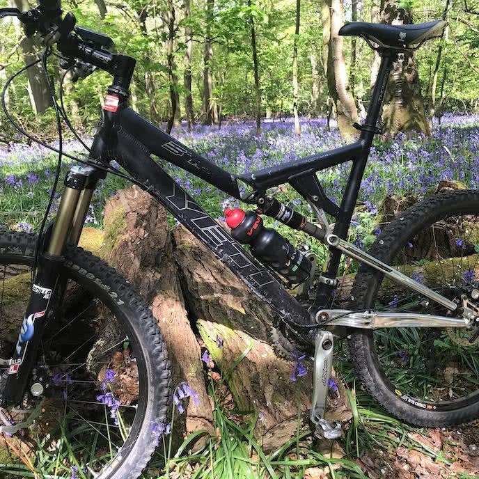 yeti mountain bike on trail