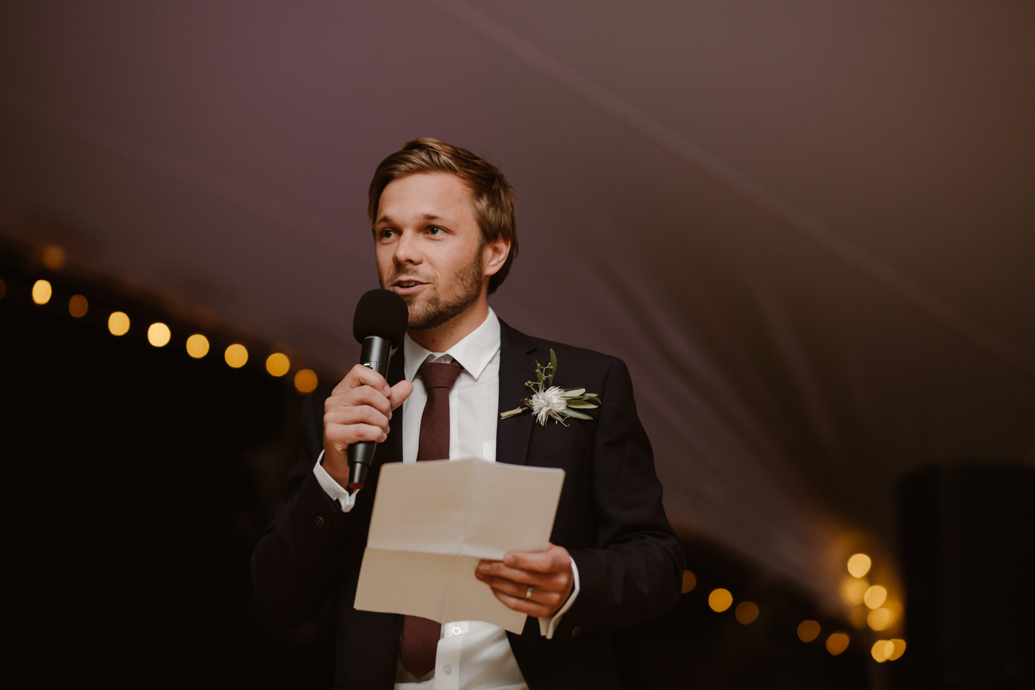 Young groom sharing a speech to close off the evenings festivities.