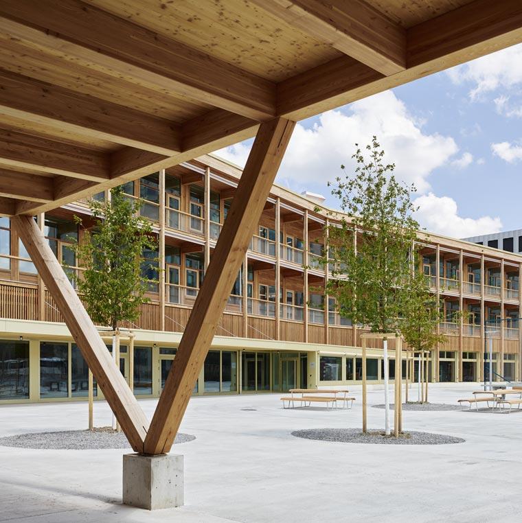 Schulhaus Pfingstweid, Zürich