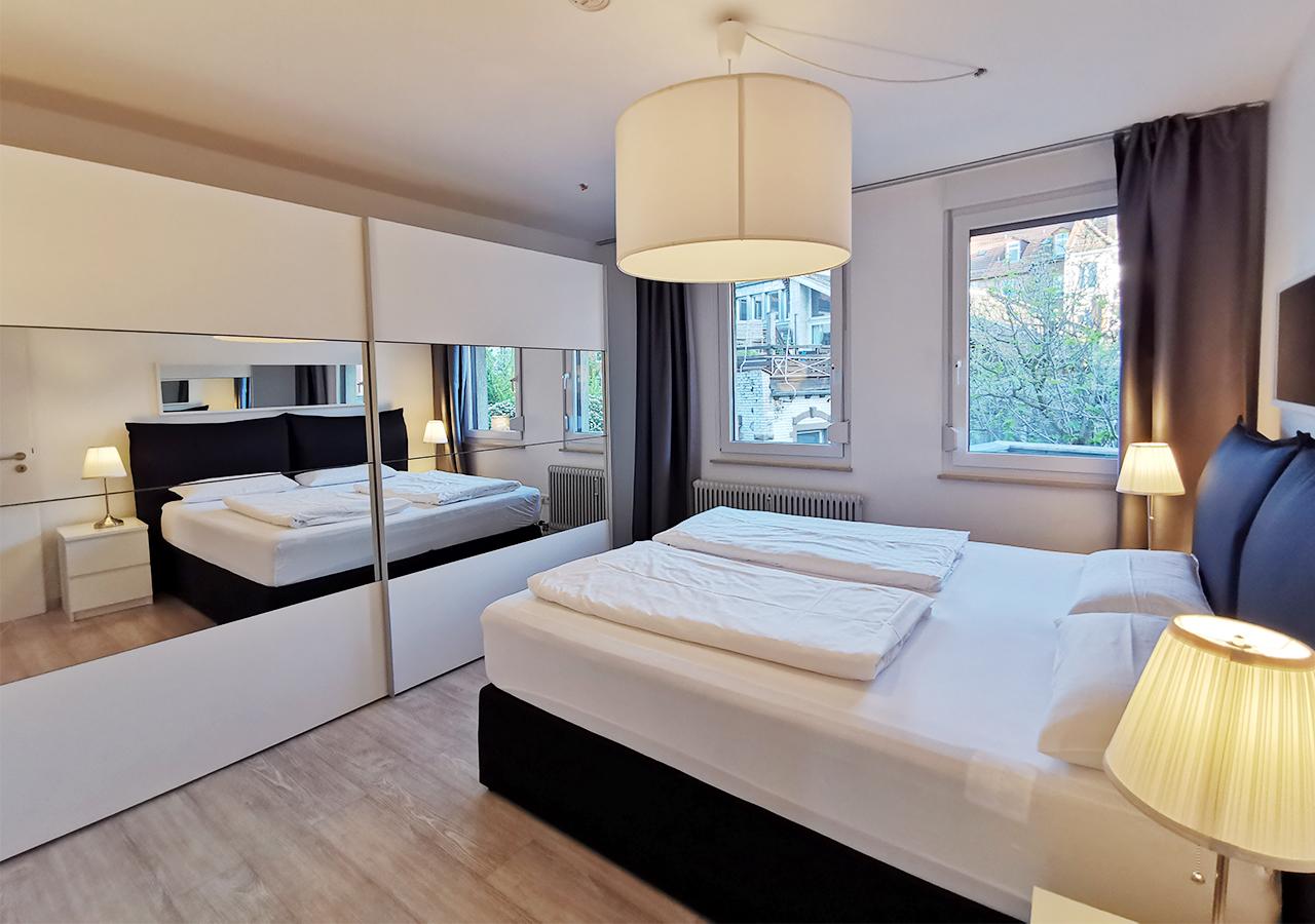 1st Bedroom (2)