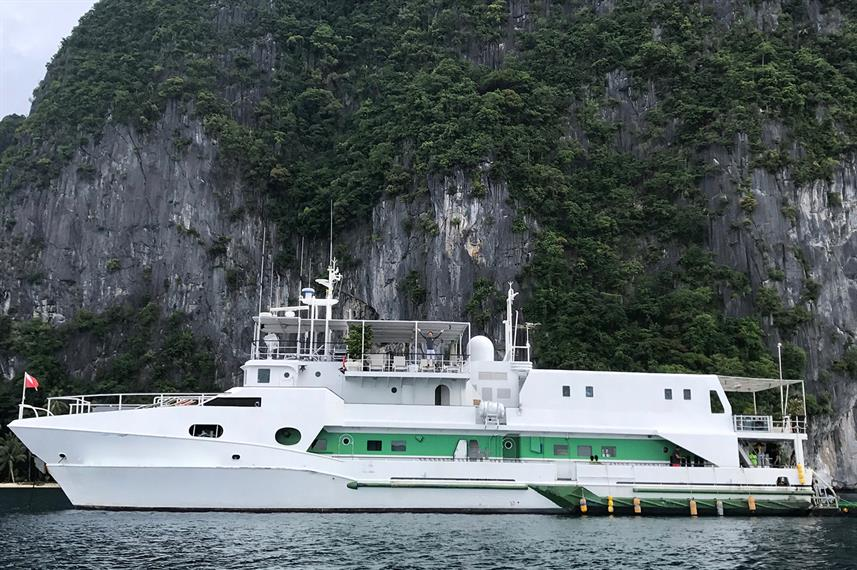The Stella Maris Explorer liveaboard in the Philippines