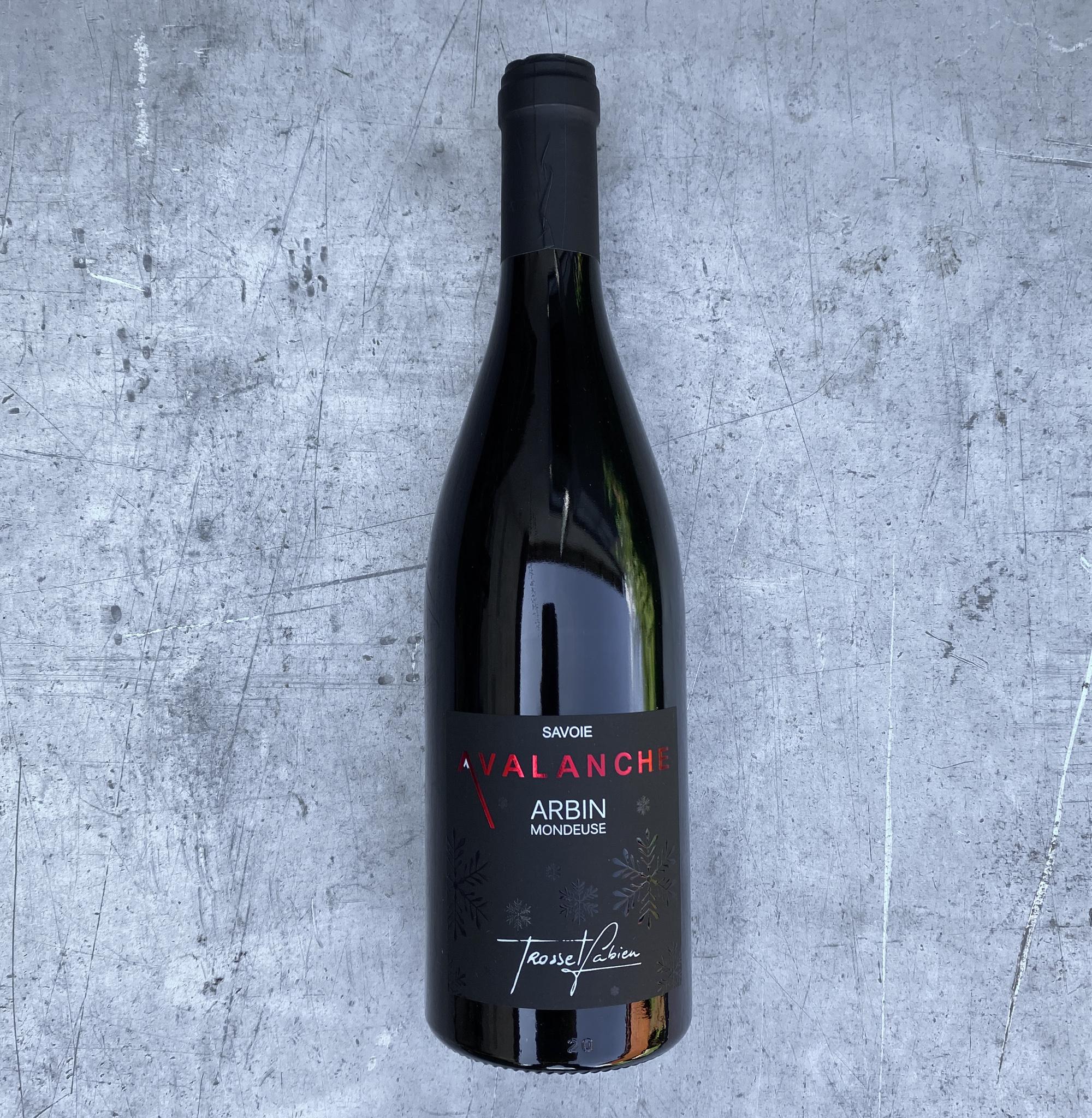 Vin rouge M