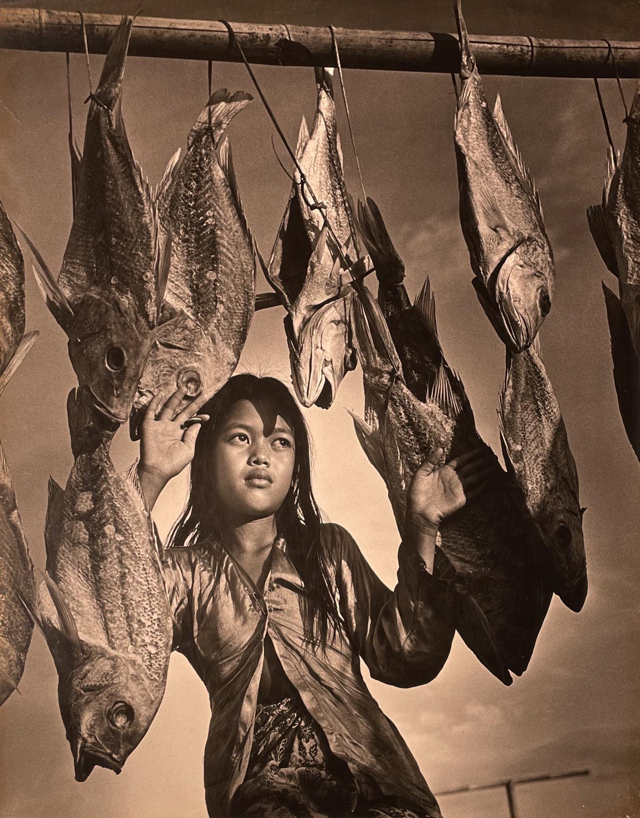 Yip Cheong Fun, Fisherman's Daughter, silver gelatin print