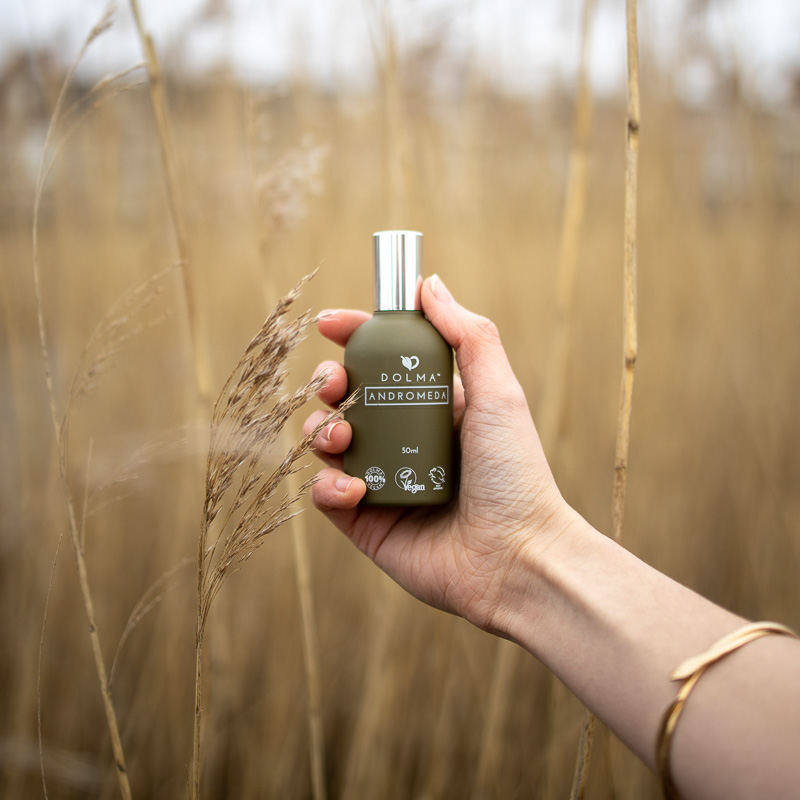 Holding-Perfume-Reeds-Woman-Dolma