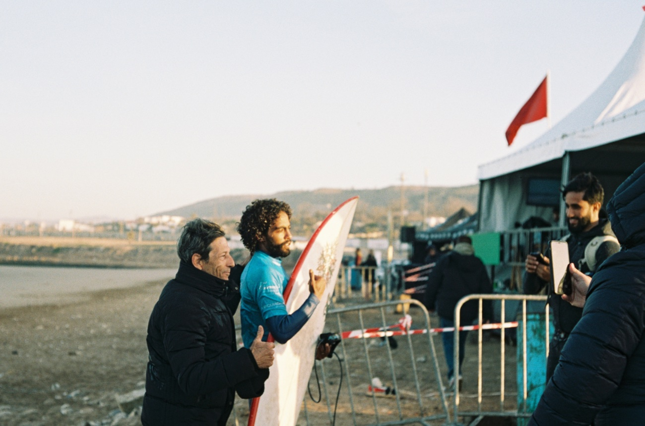 Thierry Delbourg and Redouane Regragui during the WQS 5000 Taghazout Bay Pro