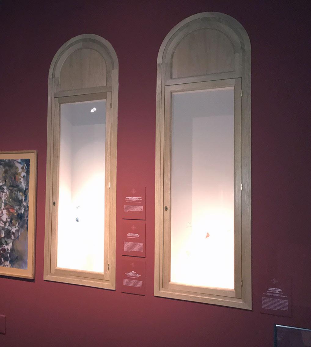 Institut monde arabe tourcoing nord escalier vitrines mobilier menuiseries van henis