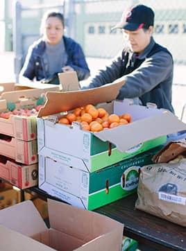 Volunteer at Rosa Parks ES pop-up pantry
