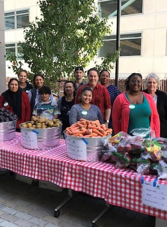 Volunteer at Cow Palace pop-up pantry