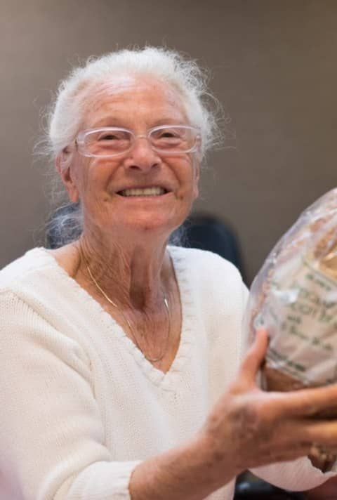 If you have access to a car and a few hours of free time please consider volunteering to deliver groceries to seniors who are facing hunger