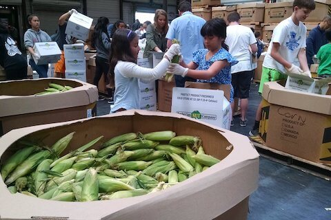 Meg Byrne with her daughter at San Francisco Marin Food Bank