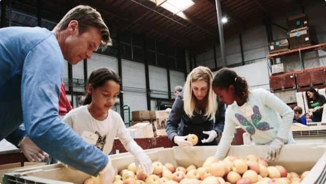 Volunteers sorting food at the San Francisco-Marin Food Bank