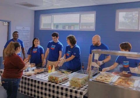 Big thank you to our volunteers from Chevron for serving up smiles in our Martinez dining room