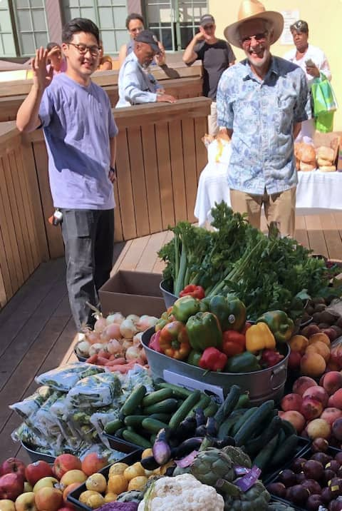 Volunteers at pop-up pantry of Berkeley Food Network