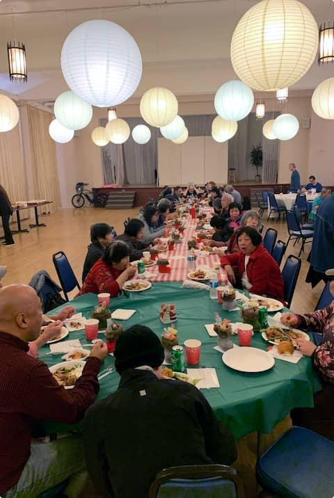Public dinner at Groceries for seniors