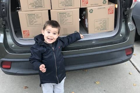 Teach 'em young! 12 holiday food boxes dropped off at Monument Crisis Center today. Raising hands!