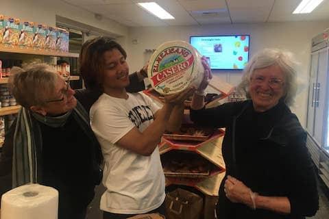Wonderful community volunteers in the UC Berkeley Food Pantry