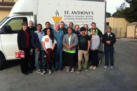 Saint Anthony's Padua Dining Room volunteering team
