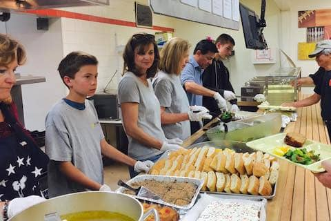 Loaves & Fishes Family Kitchen volunteers