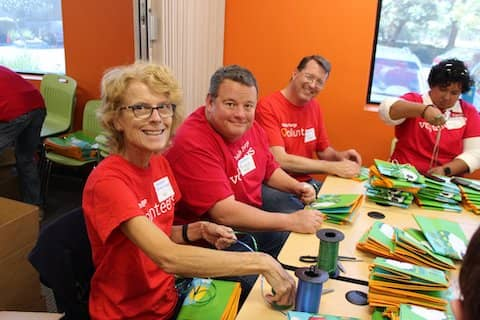 Foodbank CCS volunteers