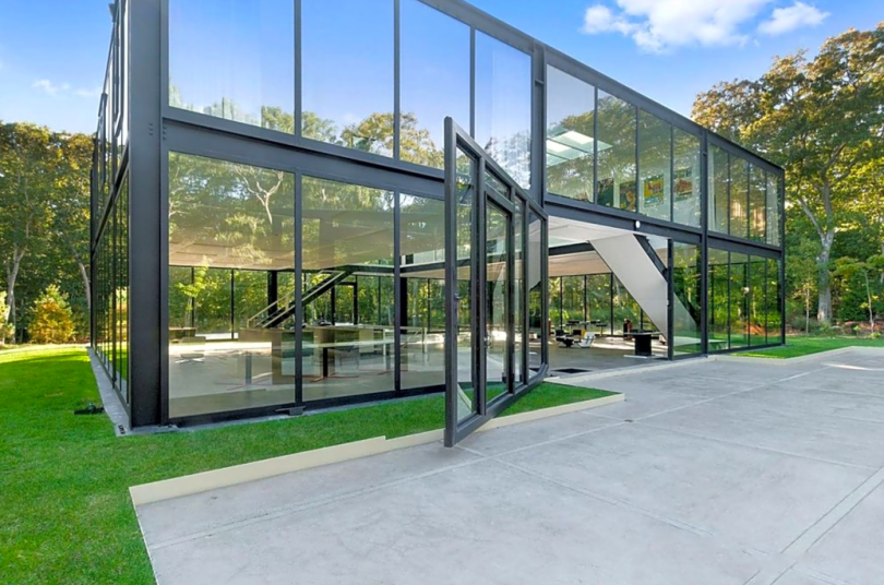 glass house in east hampton