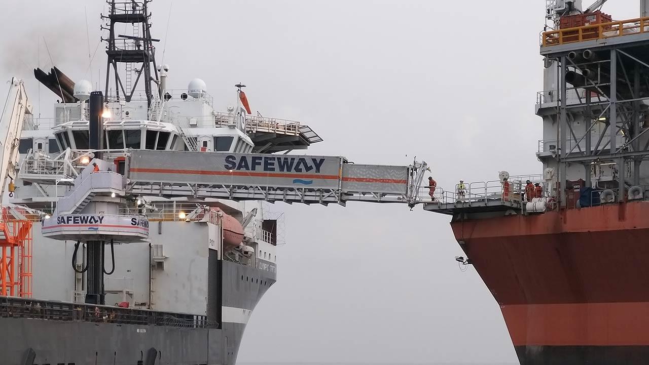 Safeway gangway in action between landing points