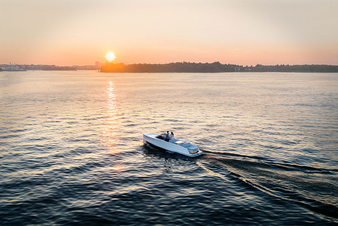 Q30 Yacht is redefiningthe luxury for you