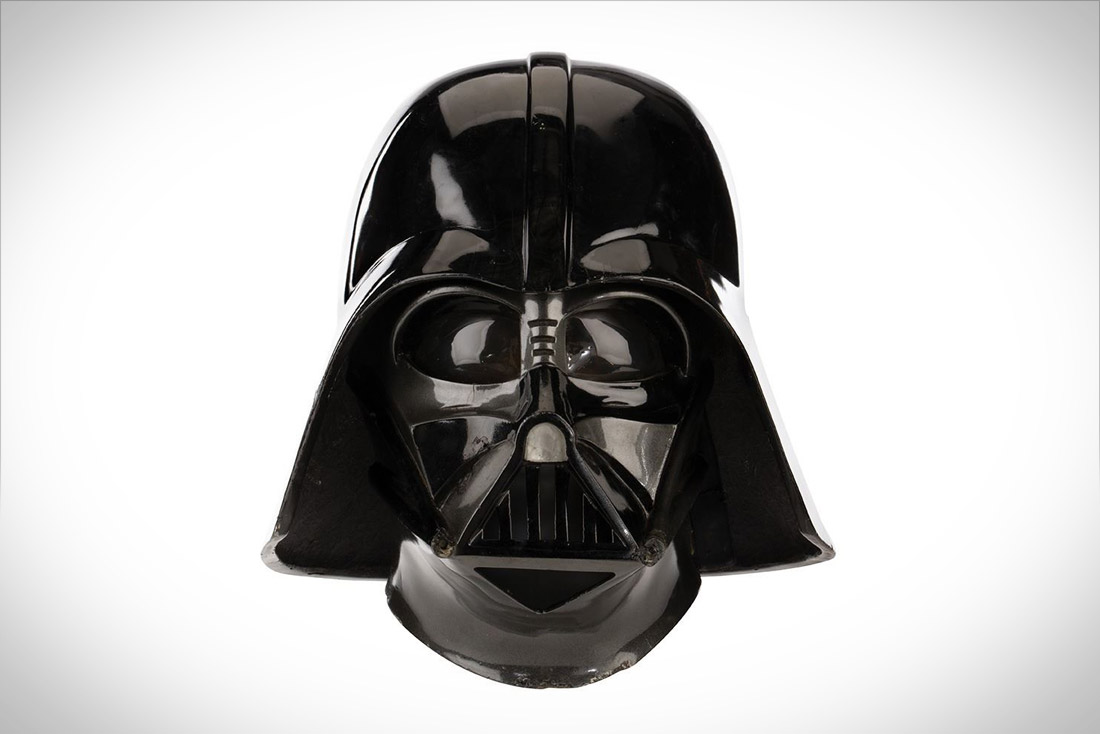 You can bid now for Darth Vader's 'Empire Strikes Back' Helmet