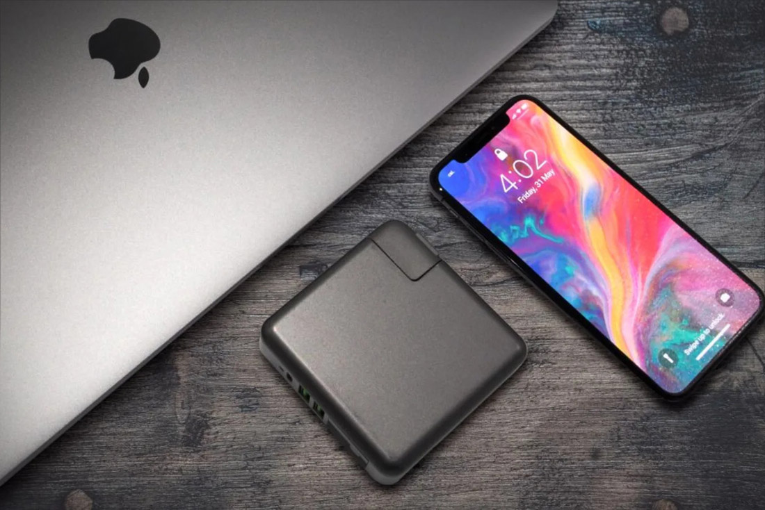 SuperCharger2.0-USB-C Hub & Fast Charge Power Bank