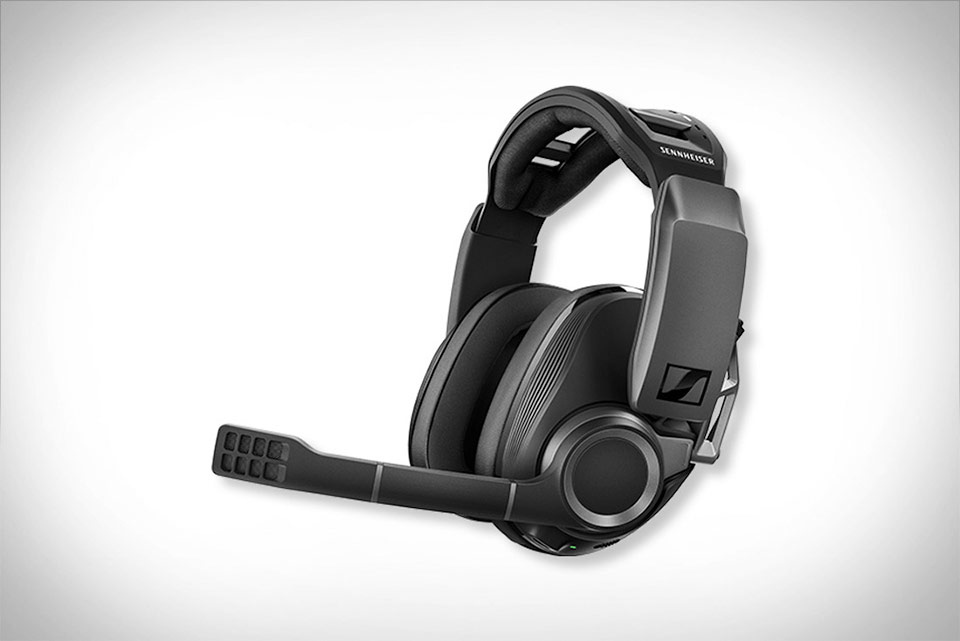 GSP 670 Wireless Gaming Headset - By Sennheiser