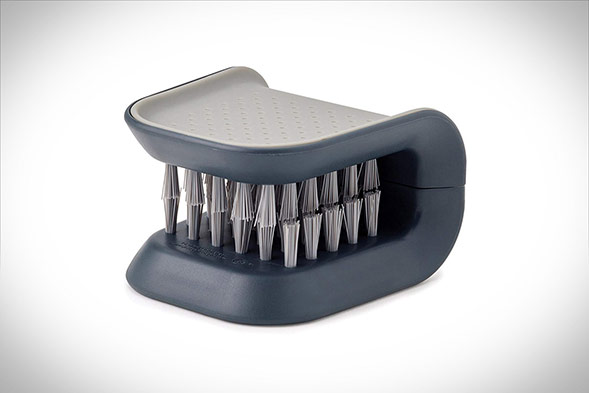 BladeBrush Knife Cleaner - By Joseph Joseph